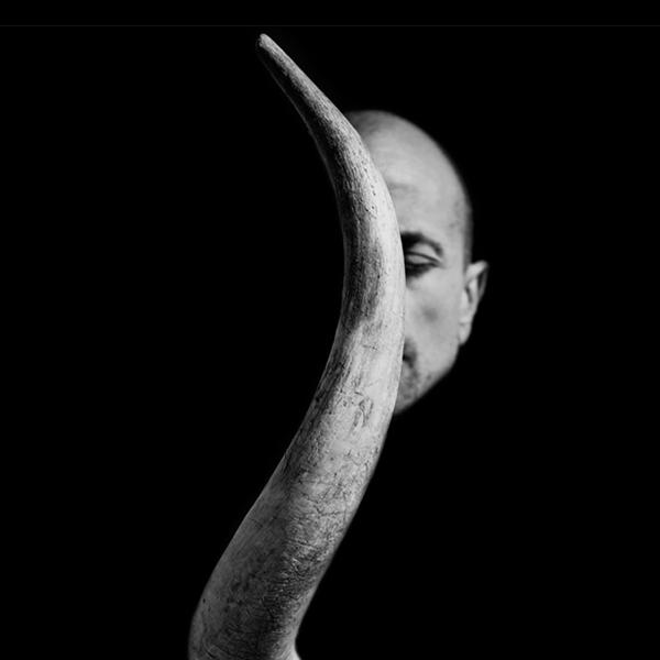 """Gonzalo Benard – """"Horned"""""""